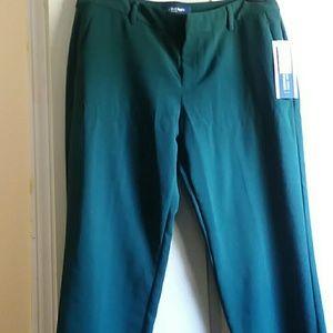NWT , Old Navy, Green, Capri pants